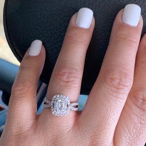 Jared Galleria Emerald Cut double halo ring